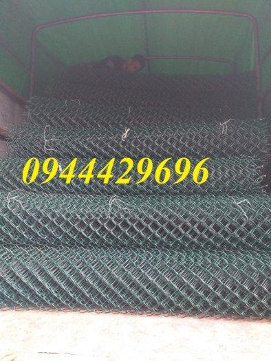 Lưới B40 bọc nhựa  khổ 1.8m mầu xanh làm hàng rào6