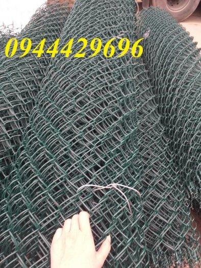 Lưới B40 bọc nhựa  khổ 1.8m mầu xanh làm hàng rào4