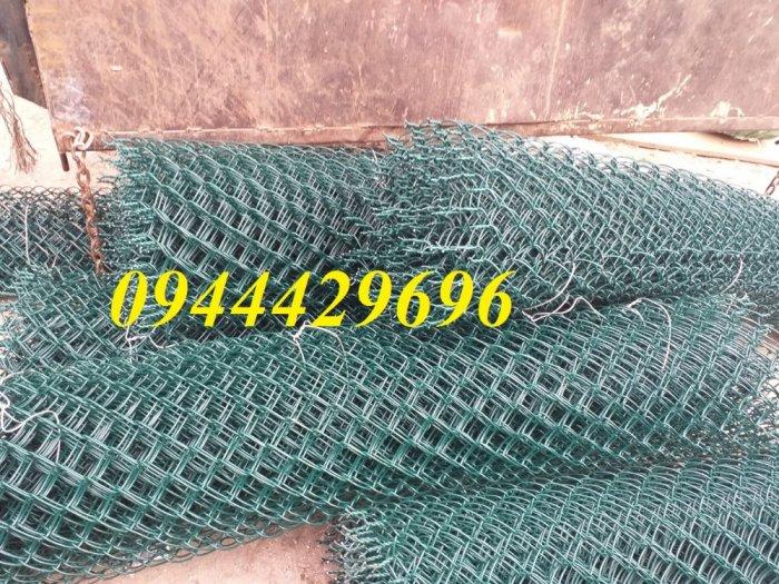 Lưới B40 bọc nhựa  khổ 1.8m mầu xanh làm hàng rào1