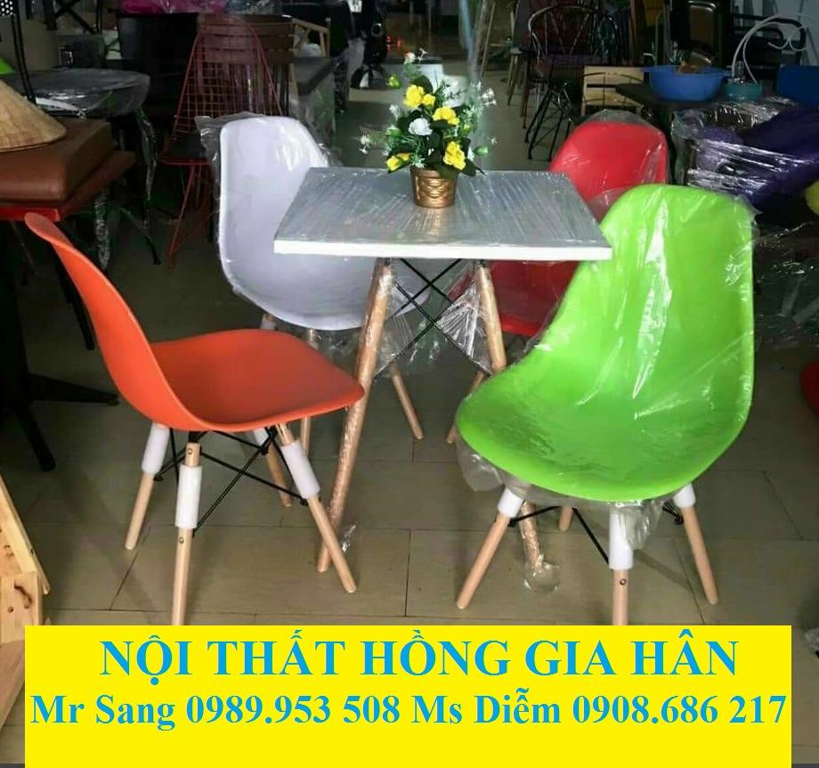 Bàn Ghế Nhựa Eames Nhiều Màu Hgh4980