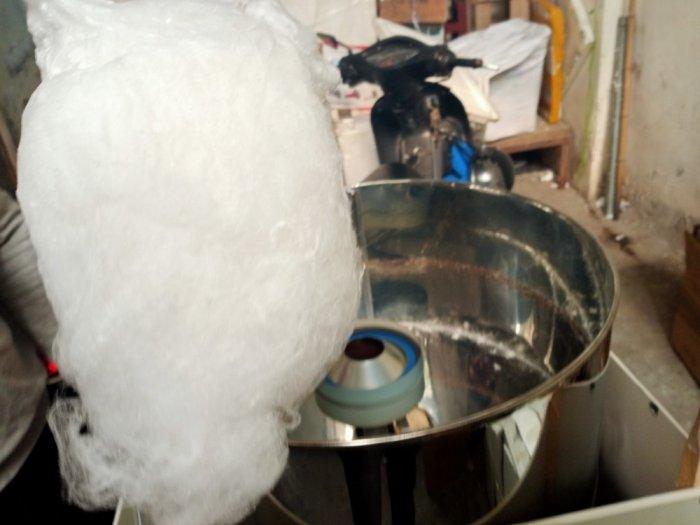 Máy làm kem bồng máy làm kẹo bông khung inox4