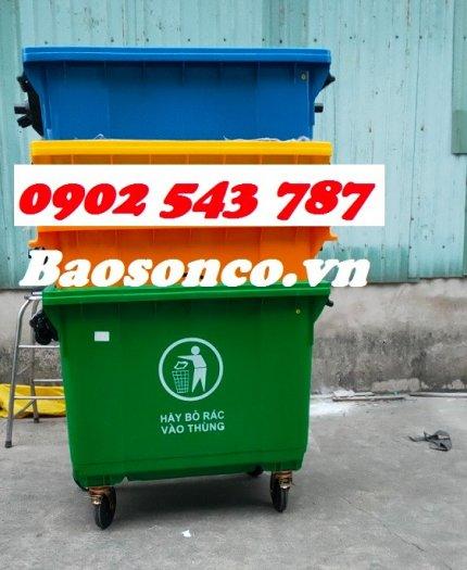 Xe đẩy rác  660 lít nhựa HĐPE ngoài trời4