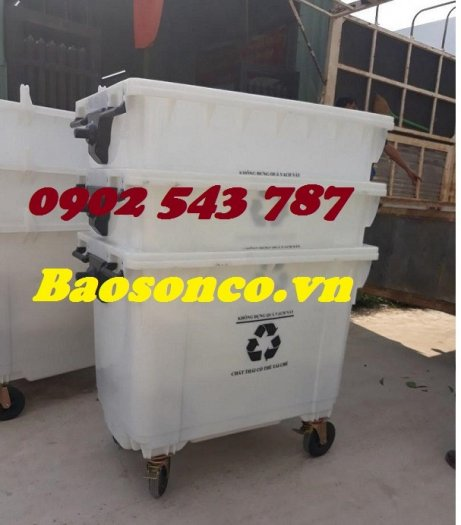 Xe đẩy rác  660 lít nhựa HĐPE ngoài trời1