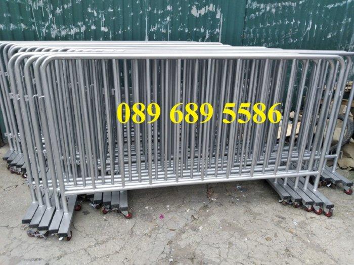 Mẫu hàng rào di động đẹp năm 2021 - hàng rào barie - Hàng rào phân luồng giao thông3