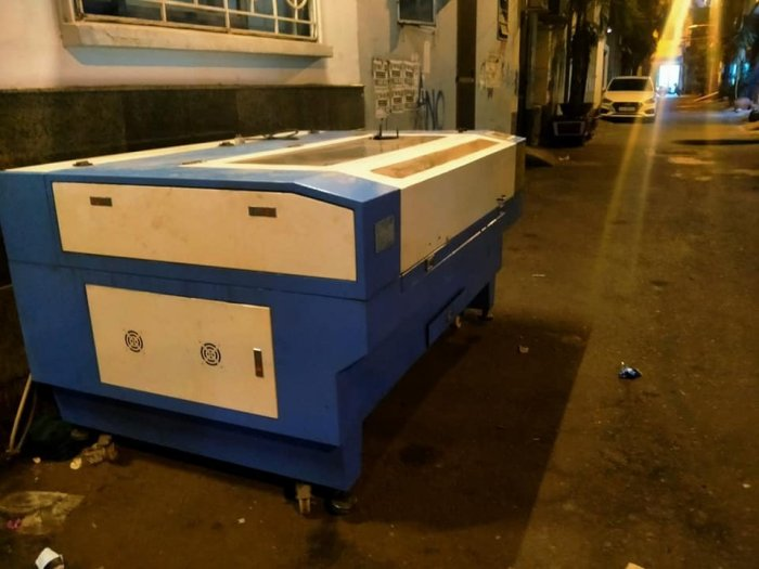 Máy Laser 1480 giá rẻ tại Hồ Chí Minh0