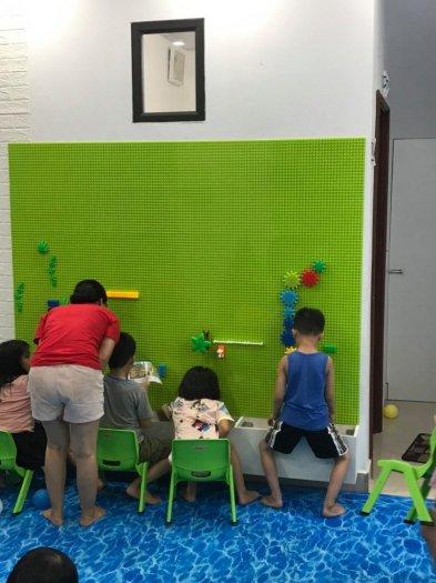 Bộ xếp hình lắp ghép LEGO gắn tường cho bé mầm non2