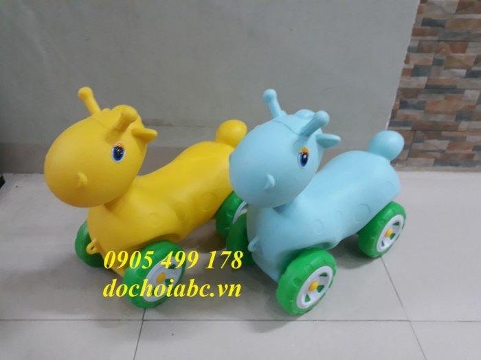 Xe chòi chân cho bé chất lượng cao - giá rẻ , uy tín đảm bảo, thiết bị mầm non9