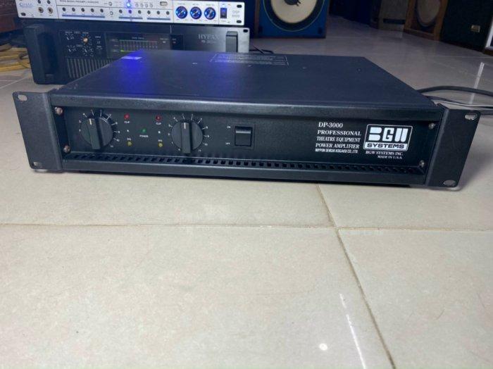 POW Cao Cấp BGW DP-3000 USA5