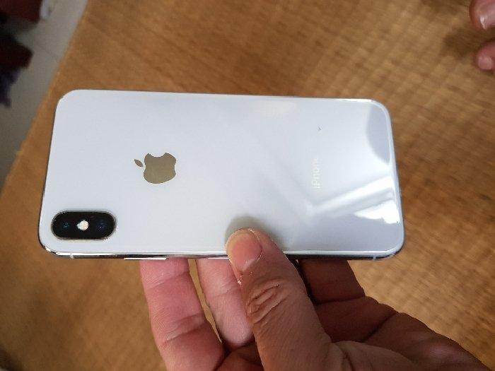 Iphone X trả bảo hành,mới,pin 100%2