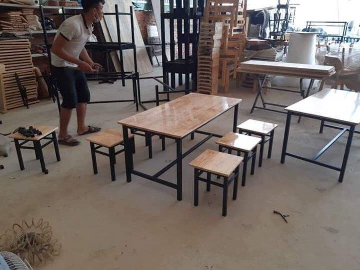 Nội Thất Quang Đại Chuyên cung cấp bàn ghế giá rẻ0