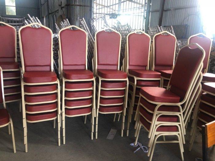 Bàn ghế nhà hàng tiệc cưới giá rẻ nhất tại nội thất Quang Đại..0