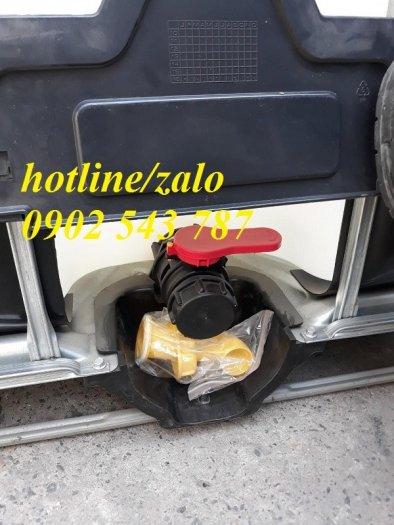 Thanh lý thùng nhựa IBC giả phóng kho tại Sài Gòn2