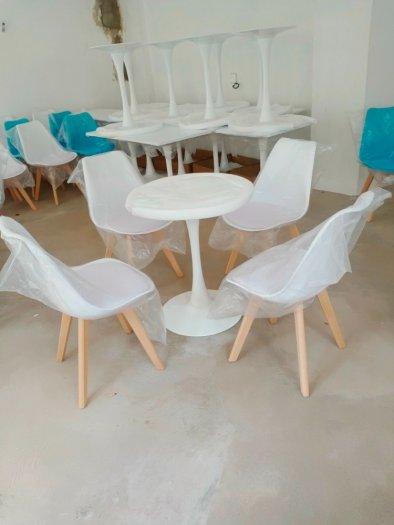 Ghế cao cấp cafe nhựa chân gỗ bọc nệm giá rẻ nhất1