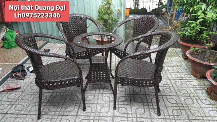 Công ty cần thanh lý nhiều bàn ghế giả mây dùng cho quán cafe1