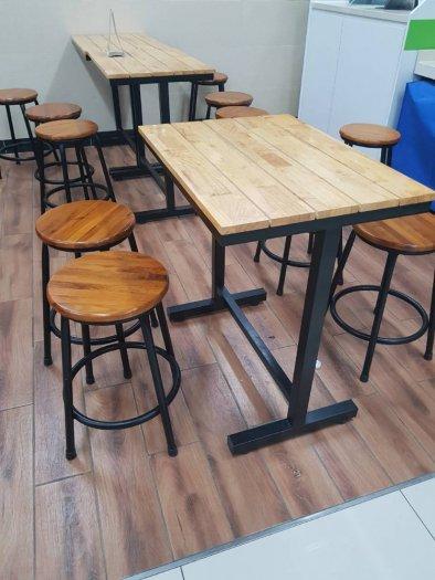 Bàn ghế gỗ chân sắt,ăn vặt,trà sữa,xuyên que2