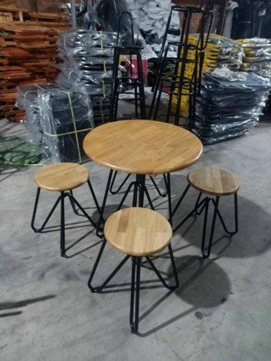 Bộ bàn ghế sắt nhỏ gọn xếp được1