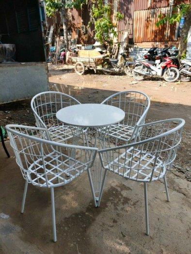 Bộ bàn ghế sắt mỹ nghệ0