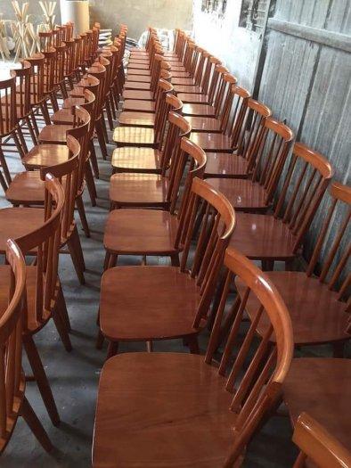 Bàn ghế gỗ sơn màu giá rẻ2