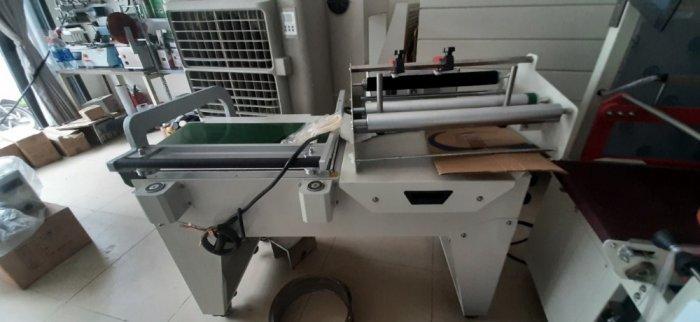 Máy cắt dán màng co POF bằng khí nén, máy đóng gói màng co hộp bán tự động2