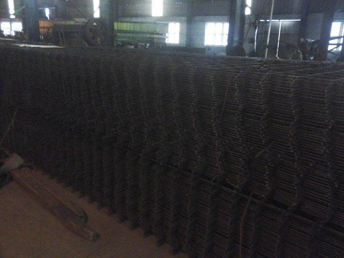 Sản xuất lưới thép hàn đổ sàn bê tông nhà sưởng phi 4 ( 100*100),(150*150),(200*200),(250*250) phân phối toàn quốc0