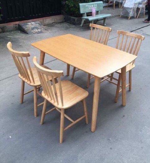 Bộ bàn ăn song tiện bao gồm 1 bàn 4 ghế0