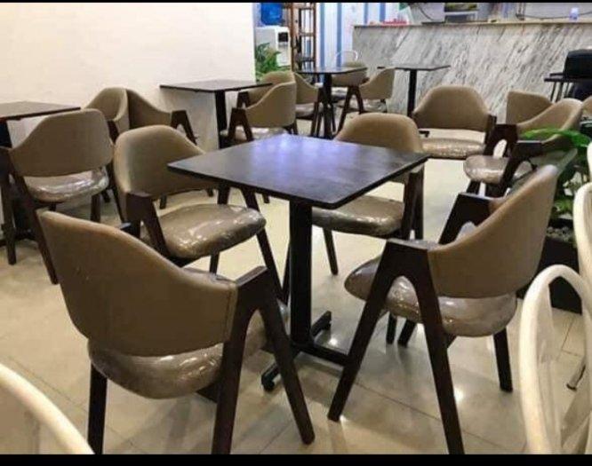 Bàn ghế chữ A bọc nệm cafe giá rẻ bán trực tiếp tại nơi sản xuất1
