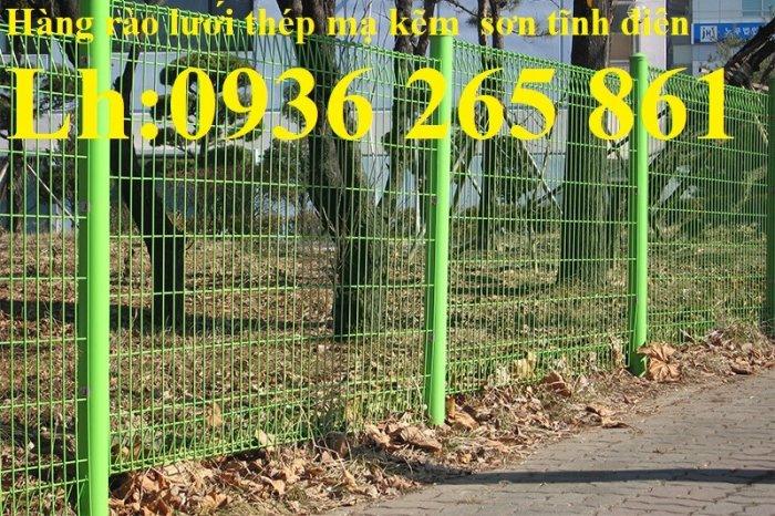 Lưới hàng rào D5a 50x150 gập 2 đầu tam giác17