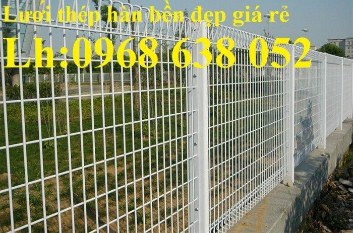 Lưới hàng rào D5a 50x150 gập 2 đầu tam giác16