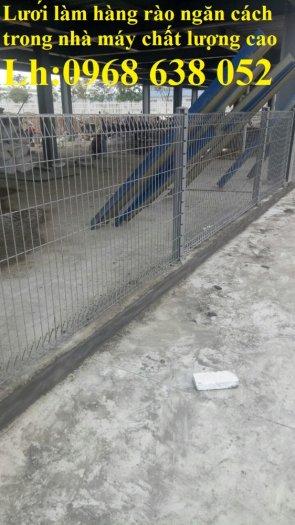 Lưới hàng rào D5a 50x150 gập 2 đầu tam giác11