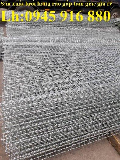 Lưới hàng rào D5a 50x150 gập 2 đầu tam giác2