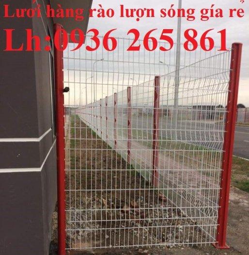 Lưới hàng rào D5a150x150 chấn sóng ở giữa, 2 đầu thẳng bền đẹp14