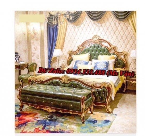 Ngất ngây những mẫu giường ngủ tân cổ điển đẹp giá rẻ6