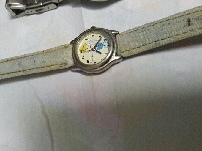 Đồng hồ xài pin bãi Japan1