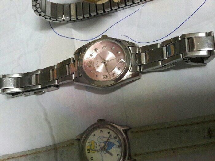 Đồng hồ xài pin bãi Japan2