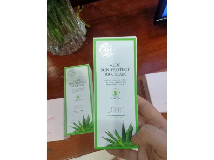 Kem nền Jigott Aloe Sun Protect BB1
