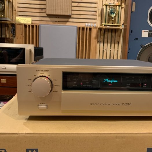 Accuphase C-21200