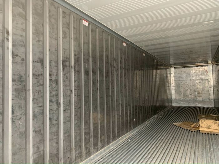 Container lạnh dài 12m0