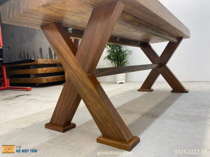 Bàn gỗ tự nhiên nguyên tấm dài 1,97m rộng 72cm dày 10cm8