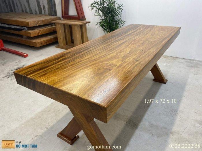 Bàn gỗ tự nhiên nguyên tấm dài 1,97m rộng 72cm dày 10cm5