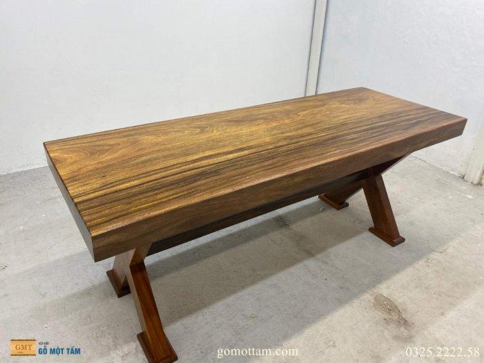 Bàn gỗ tự nhiên nguyên tấm dài 1,97m rộng 72cm dày 10cm0