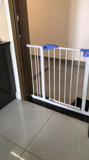 Chắn cửa an toàn không cần khoan tường Baby KB - 021