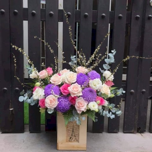 Hộp hoa cúc mẫu đơn tím mix hoa hồng pastel - LDNK070