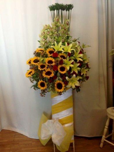 Lẵng hoa hướng dương chúc mừng khai trương - LDNK090