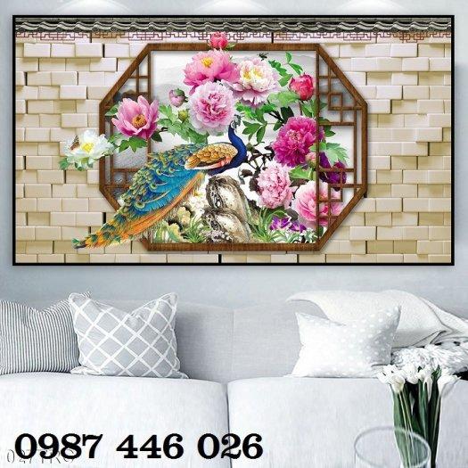 Gạch tranh chim công 3d ốp tường đẹp phòng khách HP49248