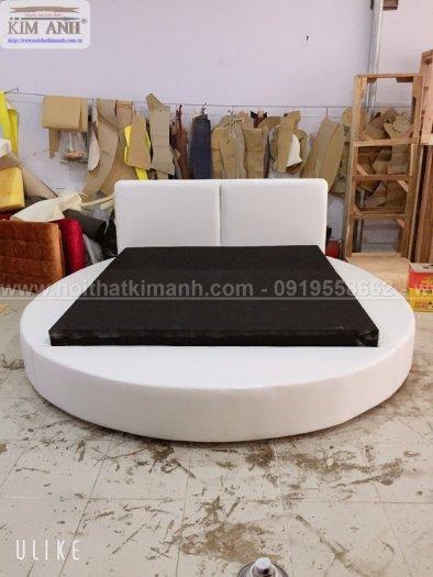 Giường tròn ngọc trinh, mẫu giường tròn cho bé gái sang chảnh sành điệu13