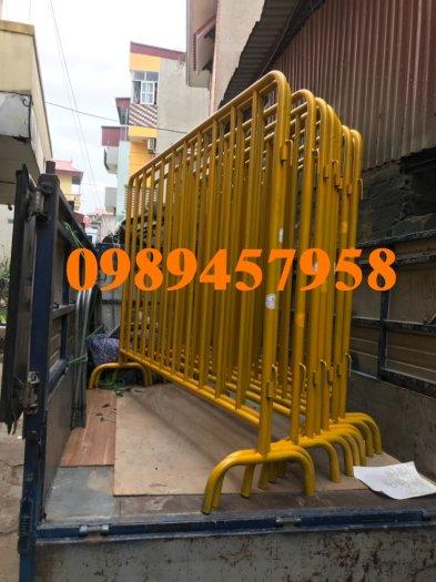 Sản xuất khung hàng rào di động, hàng rào cách ly khu vực Covid có sẵn8