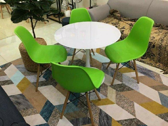 Bộ bàn ghế nhựa chân gỗ cao cấp2