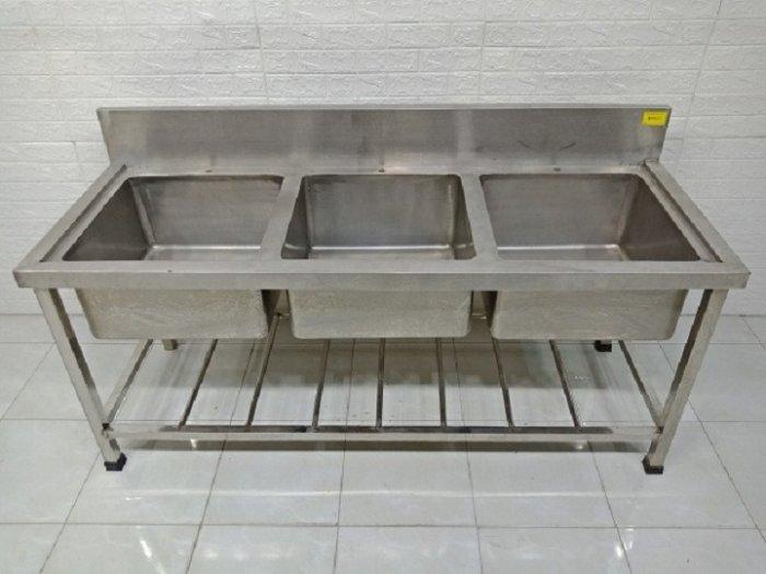Bồn rửa chén 3 ngăn Hải MInh HM 068