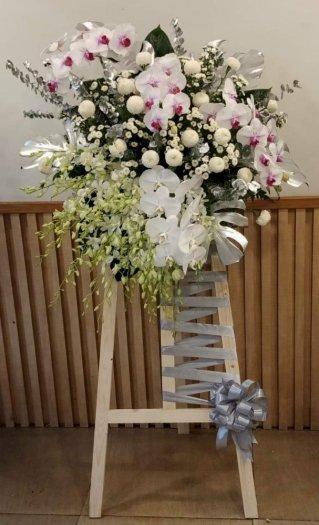 Lẵng hoa để trang trí tiệc phong cách Hàn Quốc - LDNK570