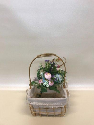Set 2 giỏ sắt lưới mạ vàng cắm hoa vải tote viền ren có quai xách - PLNK073